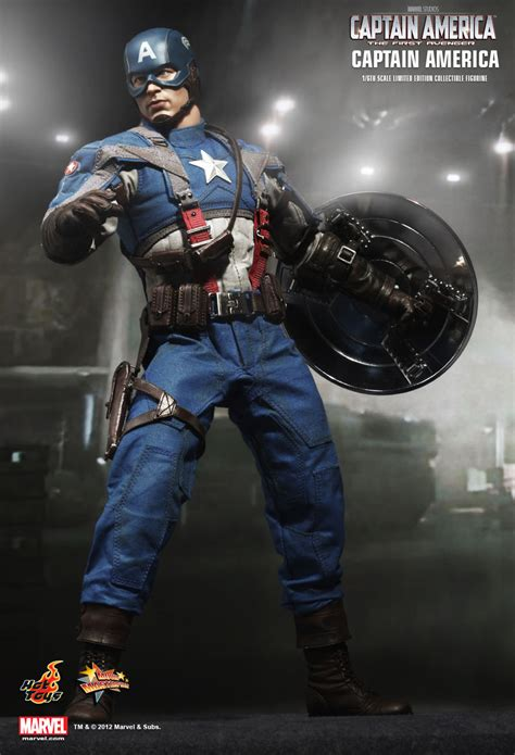 hot toys  captain america mms   avenger