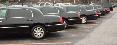 Airport Town Car Service by Minneapolis Town Car Airport Town Car Service Minneapolis