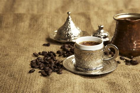 How To Make The Best Turkish Coffee? Automatic Coffee Machine Best 2018 Java 2 Major Types Of Beans How Many Are There In The World Dunkin Donuts Unsweetened Iced Flavors Ottoman Table Au Minori Different And Their