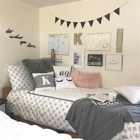 Diy Bedroom Wall Decor by Best 25 Dorms Decor Ideas On Ideas