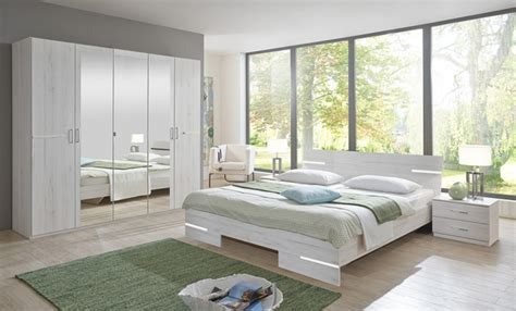 chambres d h es en lit chambre à coucher chene blancl 169 x h 81 x p 210