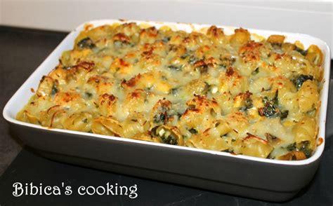 gratin de p 226 tes au poulet chignons et chou kale bibica s cooking