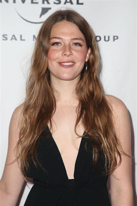 maggie rogers  universal  group grammy  party
