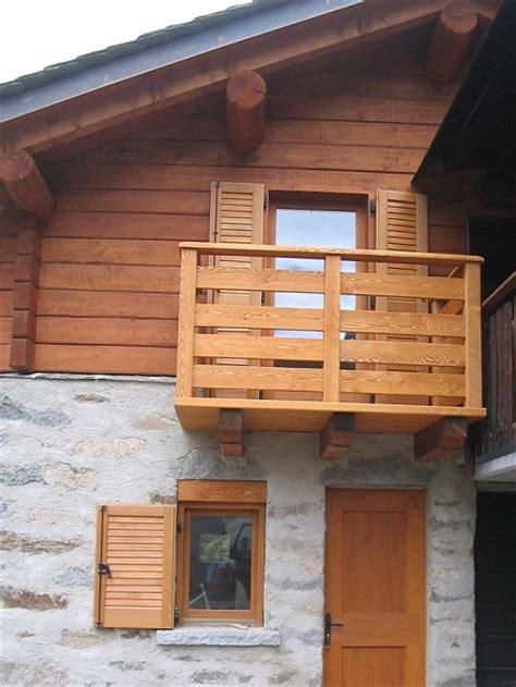 Scale, parapetti e balconi di Artigianalegno
