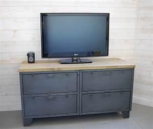Meuble Tv Casier Industriel : meuble tv industriel militaire avec 4 casiers clapets ~ Nature-et-papiers.com Idées de Décoration