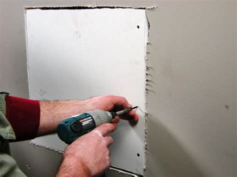 How To Repair Cracks And Holes In Drywall  Howtos Diy