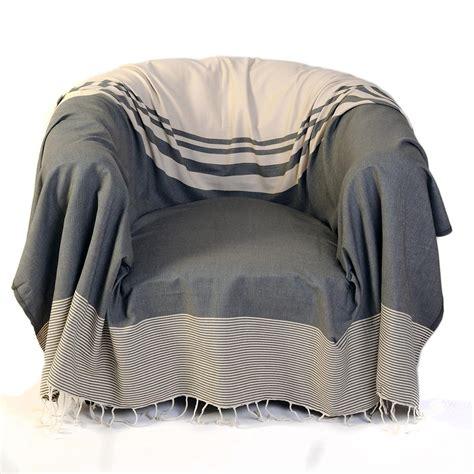 grande marque de canap jeté de canapé et de fauteuil tanger taupe fouta futée