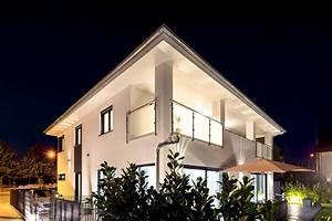 Moderne Häuser Preise : modernes massivhaus kaufen preise und design ~ Markanthonyermac.com Haus und Dekorationen
