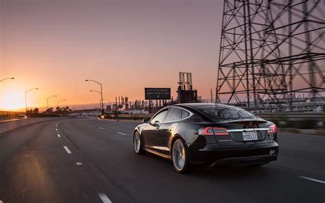 Tesla Car : 2013 Motor Trend Car Of The Year