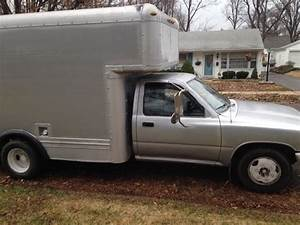 1989 Toyota Box Truck  Uhaul  Moving Van  For Sale In St  Louis  Mo