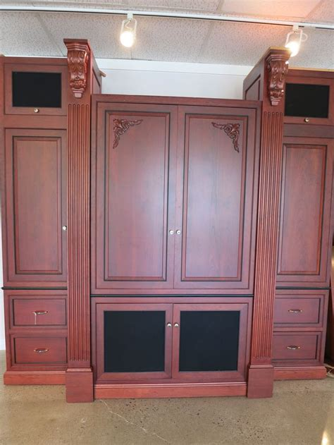 pre owned kitchen cabinets for sale 23 best images about pre owned luxury marketplace on