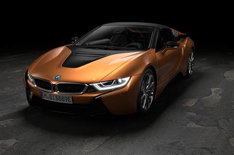 bmw  roadster arrives  updated coupe