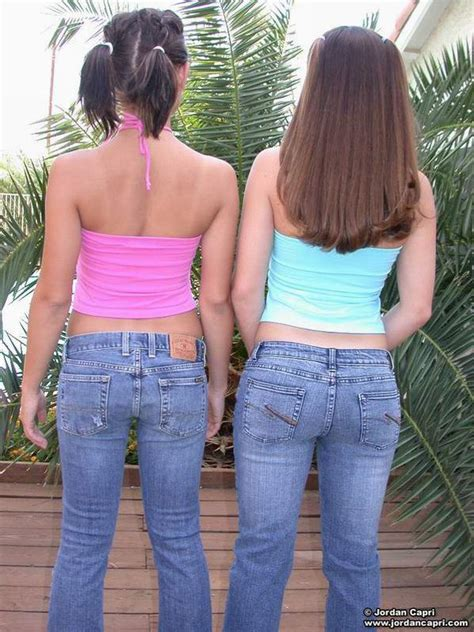 Slutty Teen Babes Kissing In Tight Jeans Xbabe