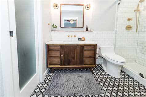 midcentury modern bathroom   irwin construction