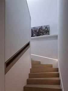 Handlauf In Wand : 80 escadas de madeira modernas para o seu projeto ~ Markanthonyermac.com Haus und Dekorationen