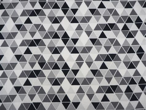 Schwarz Weiß Grau by Stoff Grafische Muster Jersey Dreieck Schwarz Wei 223 Grau