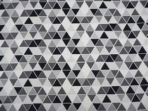 Grafische Muster Schwarz Weiß : stoff grafische muster jersey dreieck schwarz wei grau grafisch ein designerst ck von ~ Bigdaddyawards.com Haus und Dekorationen