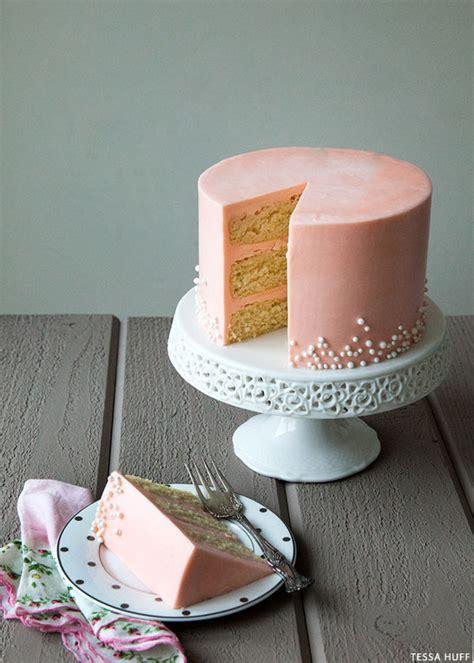 white chocolate cake  rose buttercream keeprecipes