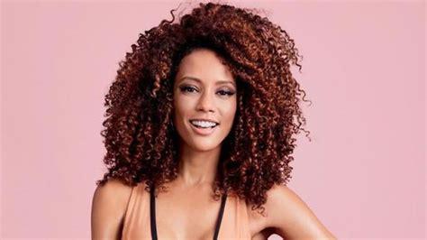 Black Women Medium Lenght Curly Hairstyles 2018 2019
