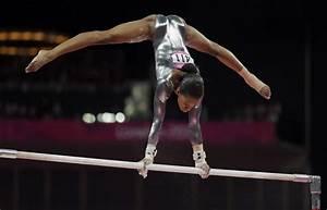 PHOTOS: 2012 London Olympics Day 10 | Artistic gymnastics ...