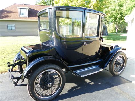 Electric Automobiles by Detroit Electric Dedicated To The Early Electric Car And