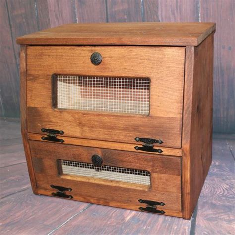 country bread kitchen best 25 rustic bread boxes ideas on farmhouse 2688