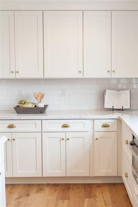 ideas  kitchen cabinet knobs  pinterest kitchen cabinet handles kitchen