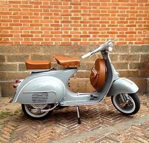 Scooter 125 Occasion Bretagne : les 25 meilleures id es concernant vespa 125 sur pinterest scooters vespa scooters et vespa ~ Gottalentnigeria.com Avis de Voitures