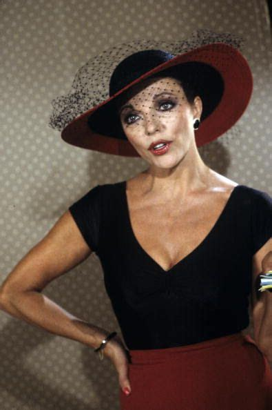 Joan Collins   Joan collins, Dame joan collins, Female ...