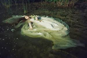 ophelia drowning painting - Google Search | Breathtaking ...