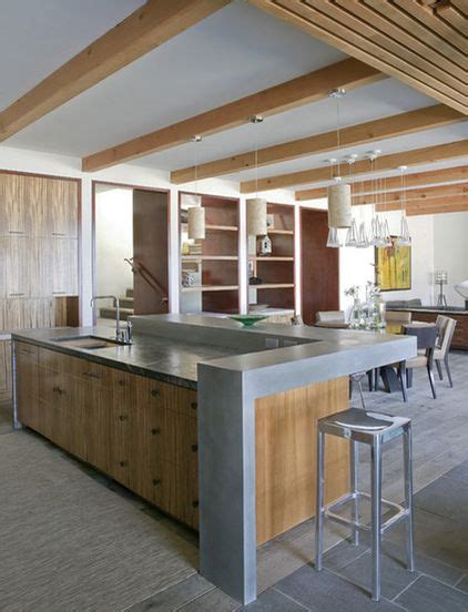 Kitchen Bench Clutter by Raise The Back Of The Island To Hide Cooking Clutter In An