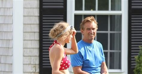 Taylor Swift's Photos At Cape Cod Kennedy Compound