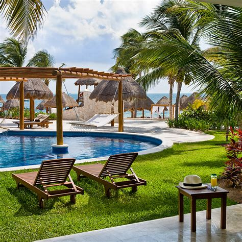 Best Places To A Honeymoon Best Places To Honeymoon In Cancun Travel Leisure