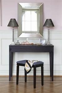 Coiffeuse Moderne Avec Miroir : table coiffeuse moderne chic table de lit ~ Teatrodelosmanantiales.com Idées de Décoration