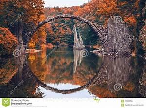 Puente, De, Rakotz, Rakotzbrucke, El, Puente, Del, Diablo, En, Kromlau, Sajonia, Imagen, De, Archivo