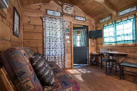 One bedroom Cabin with Loft in Campground With Creek Tube