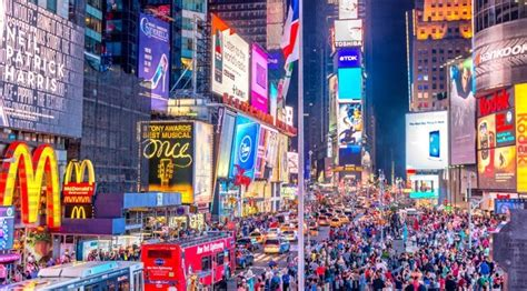 olive garden broadway nye at olive garden in times square costs 400