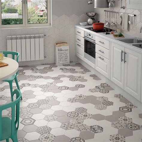 pin  rana muhammad  bathrooms   hexagon tiles