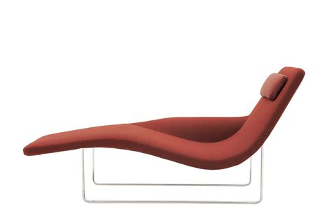 chaise b b confort landscape 05 chaise longue by jeffrey bernett for b b italia