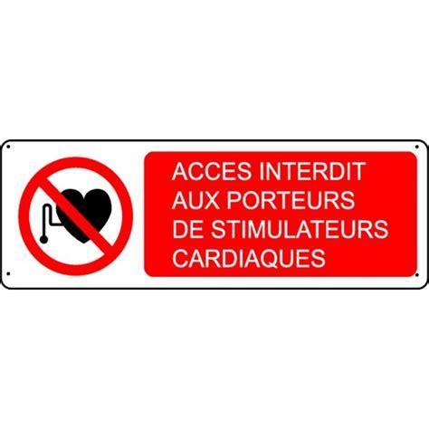 passage de cable bureau panneau accès interdit aux porteurs de stimulateurs