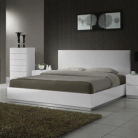 grey bedroom ideas  design  pictures