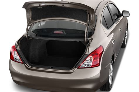 nissan tiida trunk space 2012 nissan versa reviews and rating motor trend