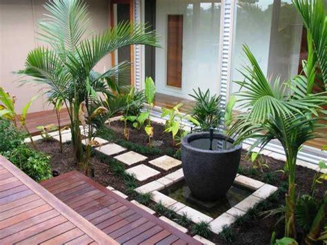 contoh model taman depan rumah minimalis simomot