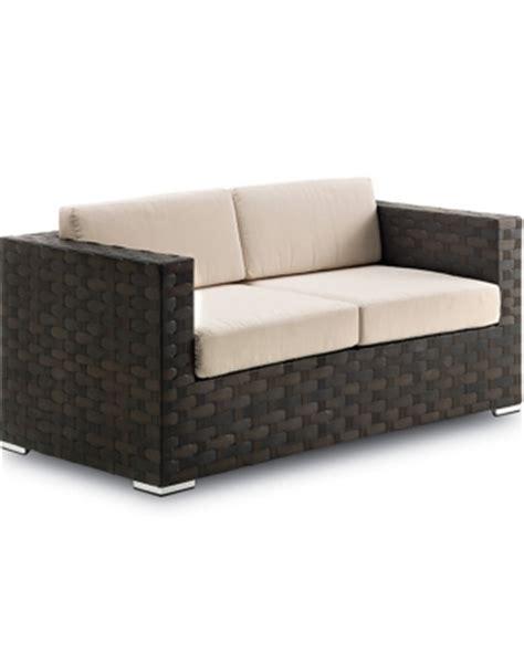 canapé pour terrasse mobilier coulomb vente et location de mobiliers pour les