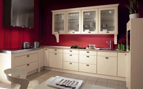 mur cuisine framboise besoin de conseils couleurs d co finiton maison neuve