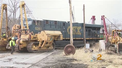 Cleaning Up Newburgh Freight Train Derailment