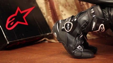 best street motorcycle boots hands on review alpinestars street racing motorcycle boots