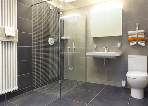 Kitchen Ceramic Tile Ideas - badeværelser brug for en murer til dit badeværelse