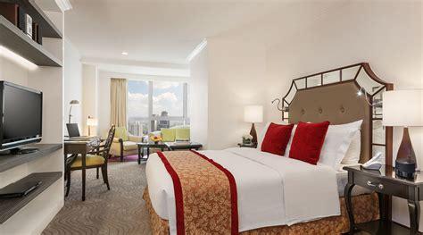 hotel  manila discovery suites ortigas manila