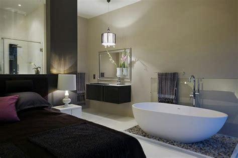 baignoire dans chambre baignoire dans la chambre alliez tendance et romantisme